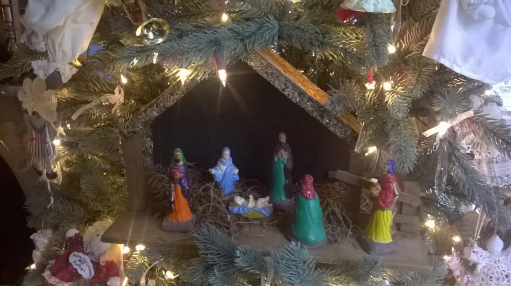 Nativity in tree
